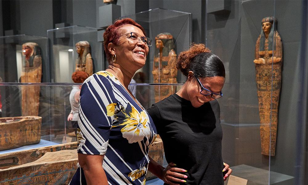 Women in Egyptian gallery