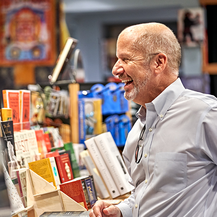 Man makes a purchase in bookshop