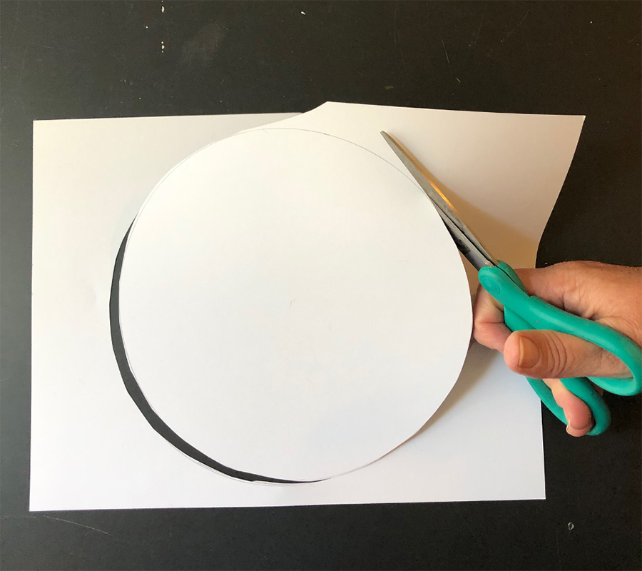 Cut out the circle
